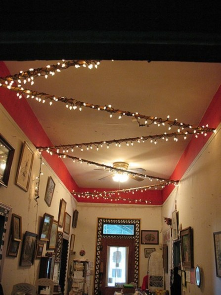 Ways To Use Christmas Light In Your Room 61
