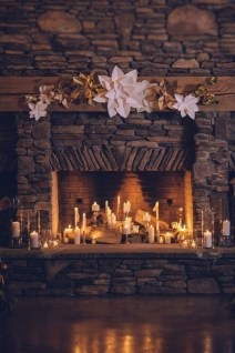 Winter Fireplace Decoration Ideas 36