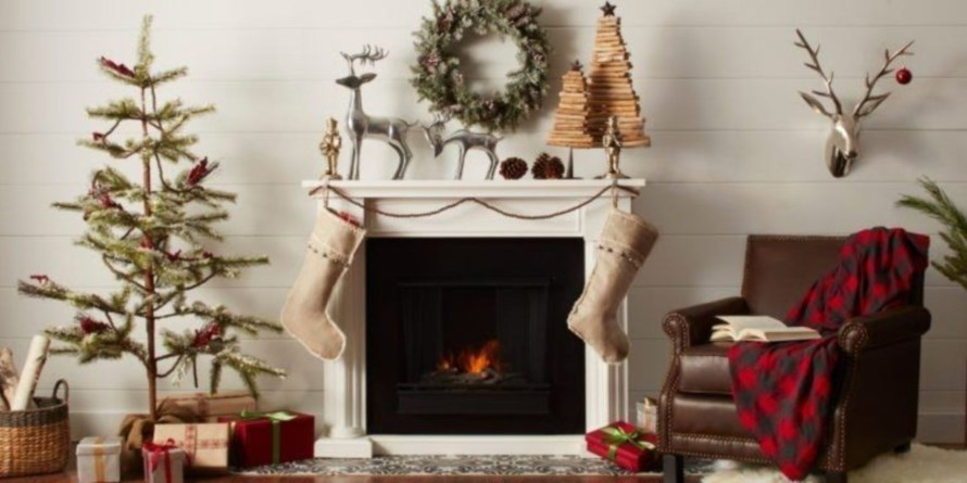 Winter Fireplace Decoration Ideas 49