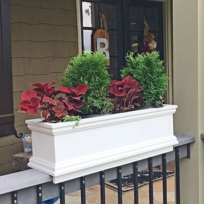 Best Deck Decorating Ideas For Outdoor Space 22