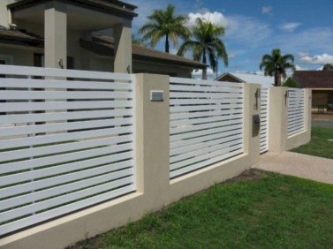 Amazing House Fence You Can Build In Your Garden 03