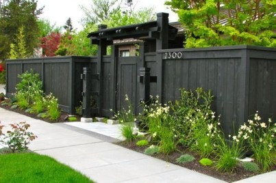 Amazing House Fence You Can Build In Your Garden 04