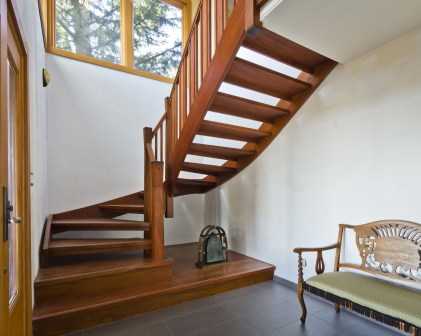 Best And Elegant Wooden Stairs In Your House 09