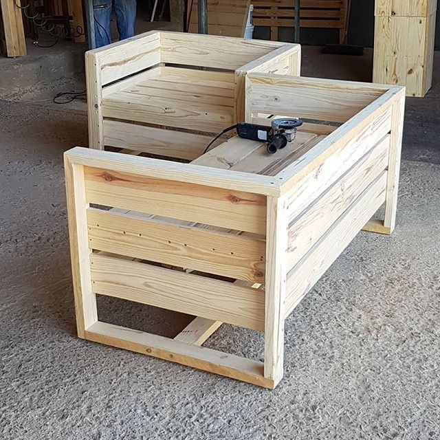 Creative And Easy Pallet Project DIY Idea Everyone Can Do 05
