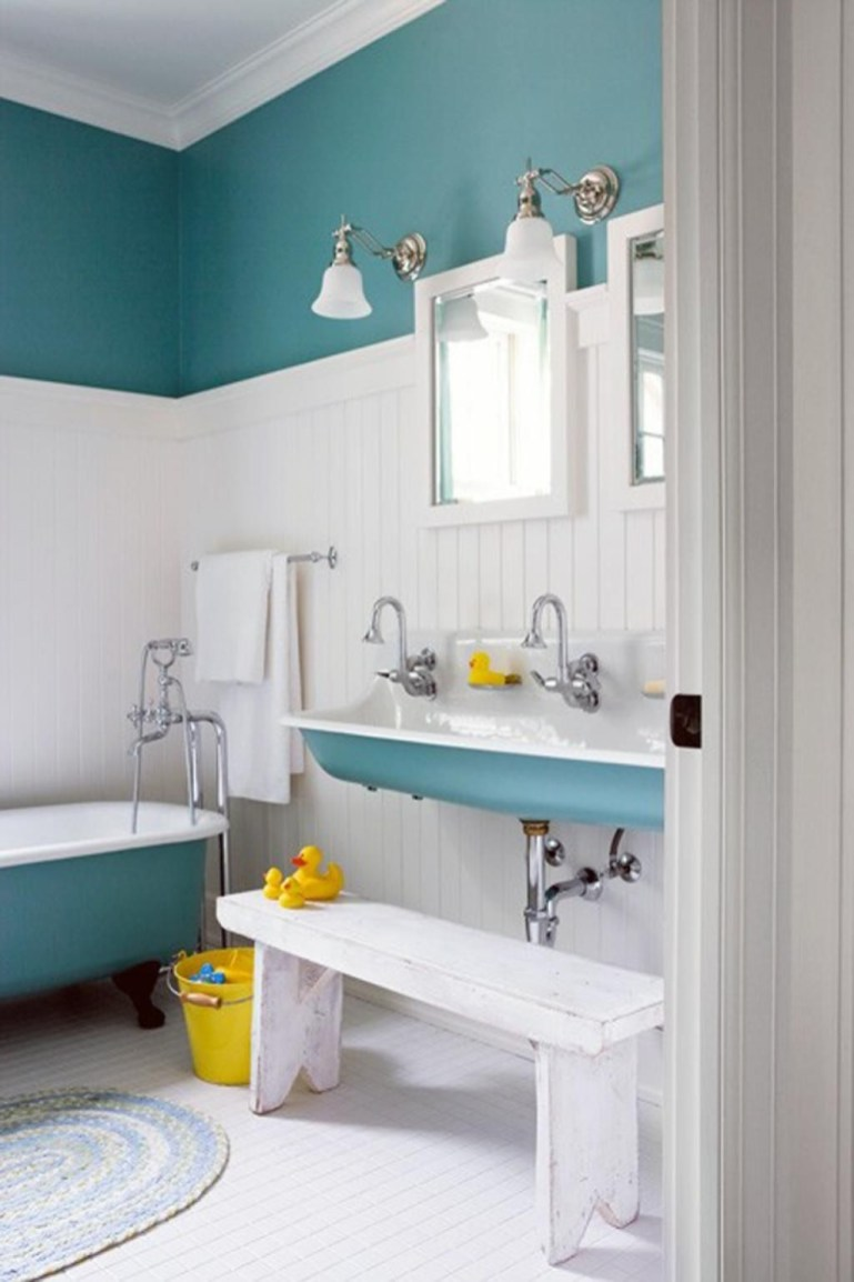 Stunning Colorful Bathroom Decoration For Your Kids 26