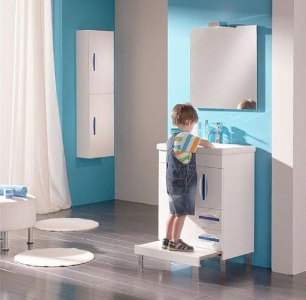 Stunning Colorful Bathroom Decoration For Your Kids 34
