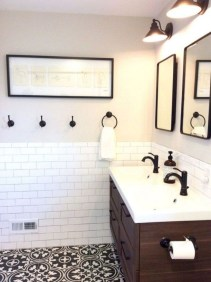 Vintage Farmhouse Bathroom Decor You Will Try 14