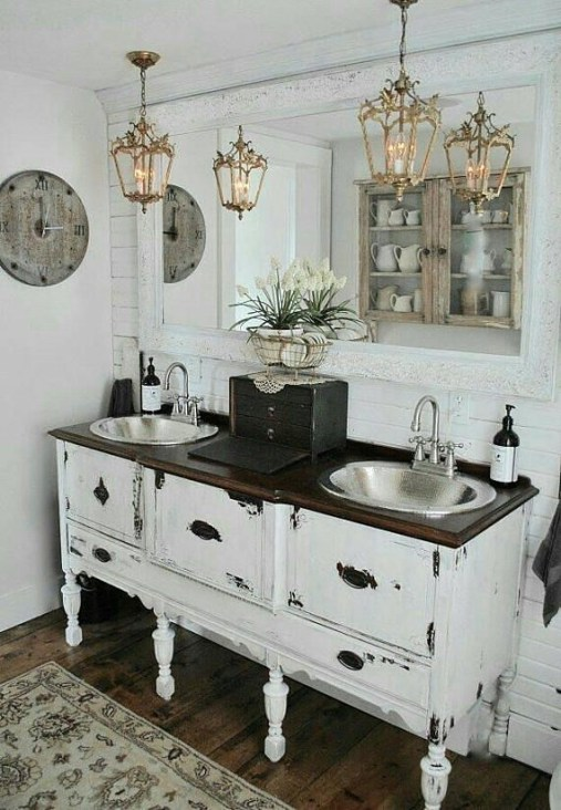Vintage Farmhouse Bathroom Decor You Will Try 19