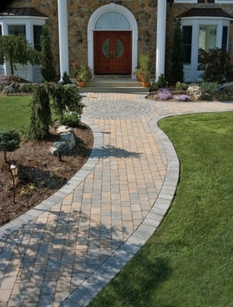 Best Walkways Idea In Your Front Yard 21