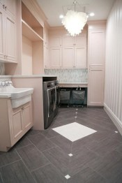 Contemporary Laundry Room Decor Ideas You Can Try For Your House 16