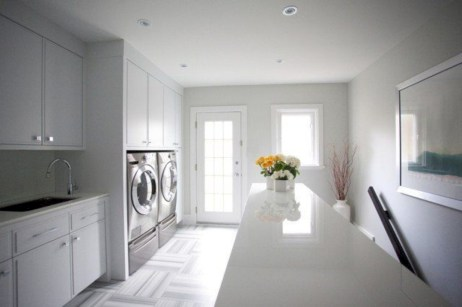 Contemporary Laundry Room Decor Ideas You Can Try For Your House 31