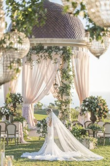 Create Beautiful Outdoor Wedding Decoration You Will Love 01