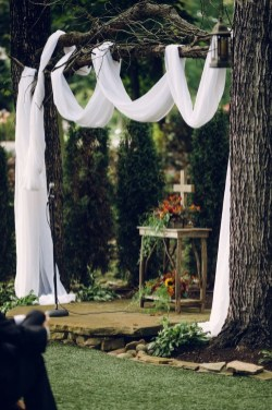 Create Beautiful Outdoor Wedding Decoration You Will Love 33