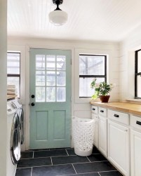 Creative And Inspiring Laundry Room Decor Idea 12