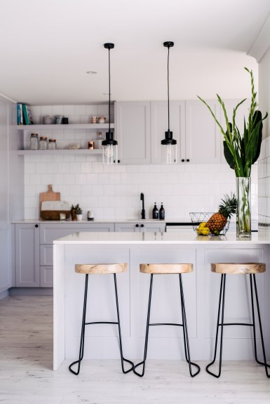 Elegant Small Kitchen Decor Just For You 22