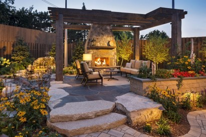 Incredible Small Backyard Ideas For Relax Space 18