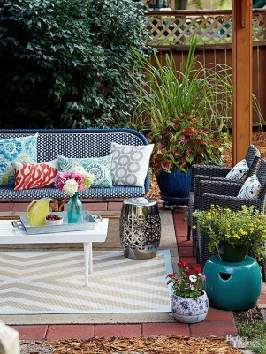 Incredible Small Backyard Ideas For Relax Space 34