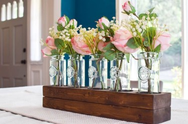Simple Centerpieces Decoration For Inspiration Your Wedding 32