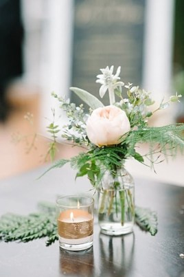 Simple Centerpieces Decoration For Inspiration Your Wedding 35