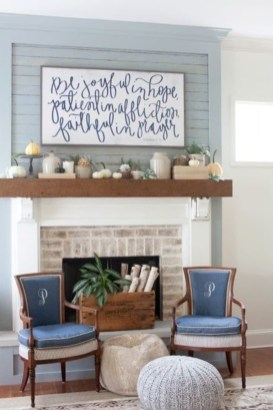 Spring Mantel Decorating Ideas For Fireplace In Living Room 06