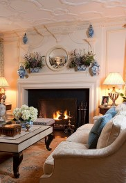 Spring Mantel Decorating Ideas For Fireplace In Living Room 18