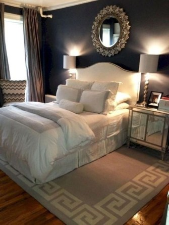 Stylish And Elegant Master Bedroom Idea For Your Family 26