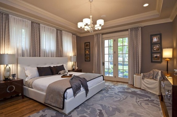 Stylish And Elegant Master Bedroom Idea For Your Family 28