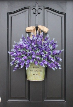 DIY Simple Spring Wreath For Your Door 28