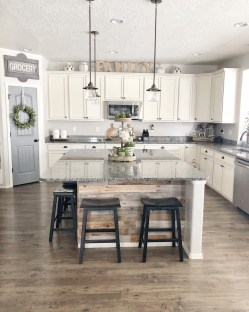 Genius Farmhouse Kitchen Decoration To Be Inspire 23