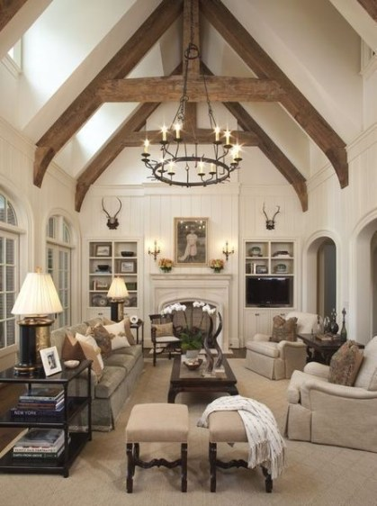 Incredible European Farmhouse Living Room Design Ideas 15