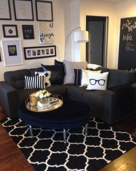 Lovely Modern Apartment Decoration For Couple 39