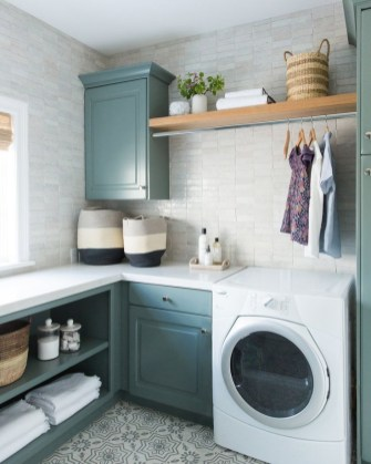 Most Inspirational For Your Laundry Room Decor This Year 25