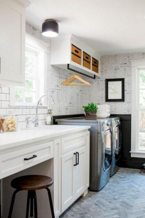 Ways To Make Small Laundry Room To Look Big Space 28