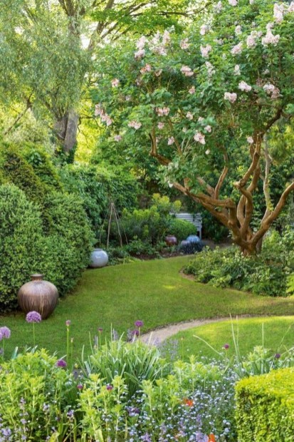 Fabulous Small Area You Can Build In Your Garden 25
