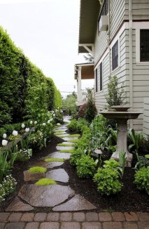 Fresh And Beautiful Side Yard Decoration You Must Have 02