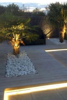 Garden Decor Modern And Glamorous For A Big House 32