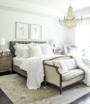 Romantic Master Bedroom Décor Ideas On A Budget 07