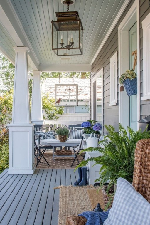 Awesome Summer Porch Decoration Ideas 01