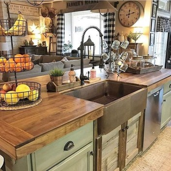 Best DIY Farmhouse Kitchen Decorating Ideasl 24