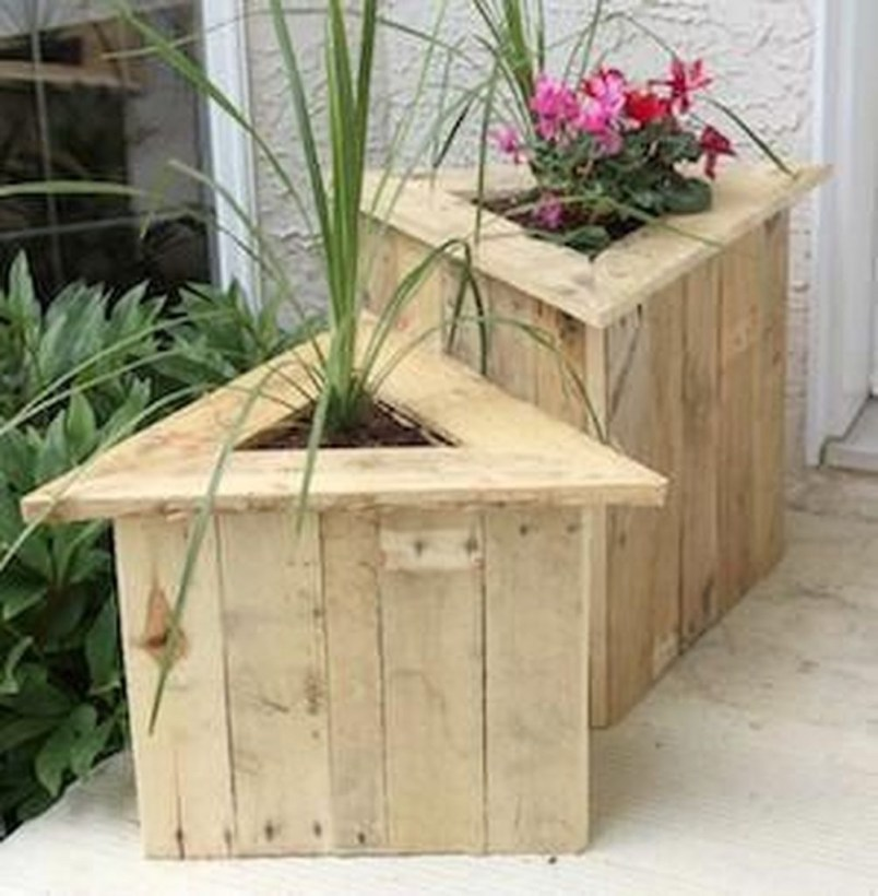 Cheap Wood Pallet Ideas That You Should Try At Home 09