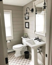 Amazing Farmhouse Bathroom Decor For Small Space 08