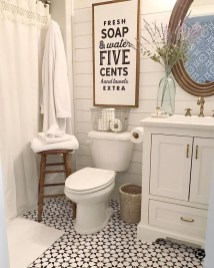 Amazing Farmhouse Bathroom Decor For Small Space 22
