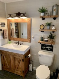 Amazing Farmhouse Bathroom Decor For Small Space 34