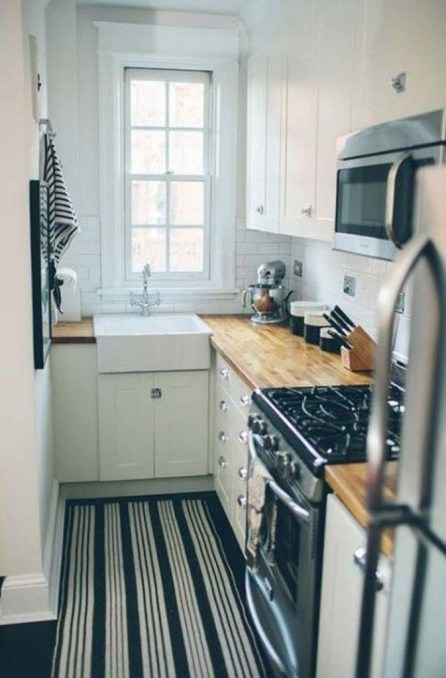 Amazing Modern Farmhouse Kitchen Decoration For Small Space 02