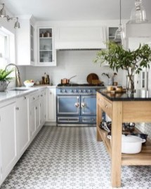Amazing Modern Farmhouse Kitchen Decoration For Small Space 04