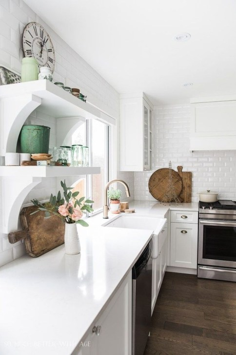 Amazing Modern Farmhouse Kitchen Decoration For Small Space 10