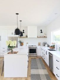 Amazing Modern Farmhouse Kitchen Decoration For Small Space 35