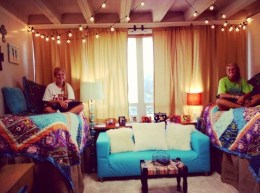 Awesome Dorm Room Decoration With Double Bed 13