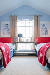 Awesome Dorm Room Decoration With Double Bed 23