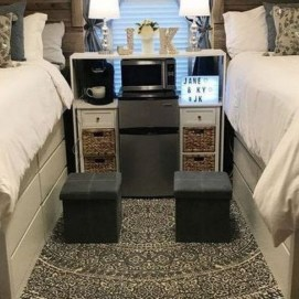 Awesome Dorm Room Decoration With Double Bed 31
